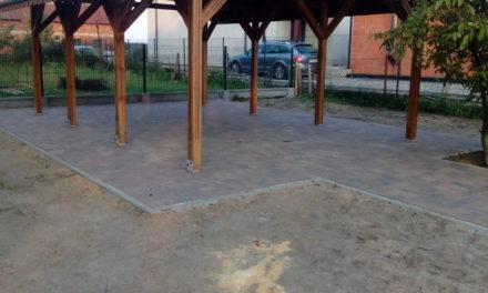 """Zakończenie realizacji projektu pn: """"Budowa altany wraz zzagospodarowaniem terenu wmiejscowości Pieruchy"""""""